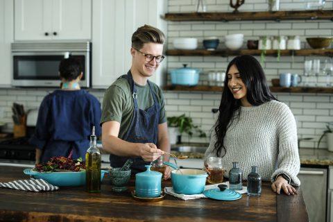 cuisiner homme et femme